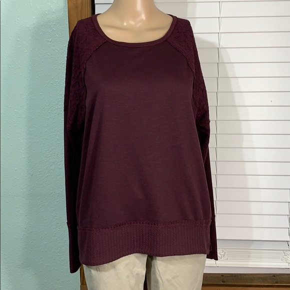 Knox Rose Burgundy Relaxed Fit High Low Sweater M